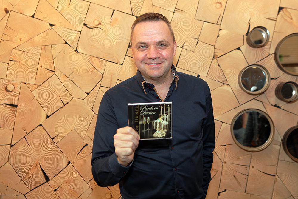 Steve Tielens is trots op zijn nieuw album én terecht.