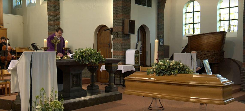 De uitvaart vond plaats in de Heilige Familiekerk in Edegem. (GF)