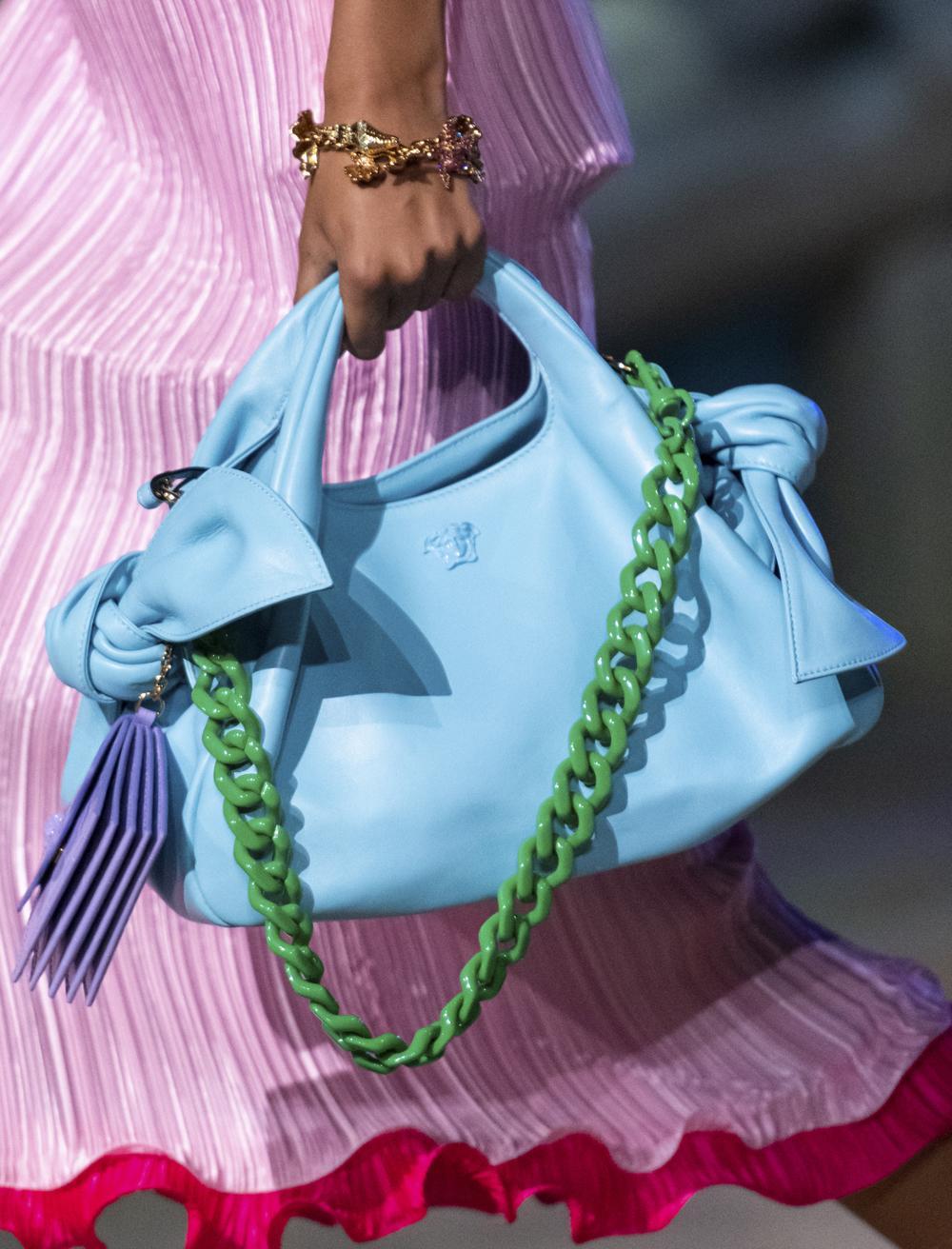accessoires trends tas met kleur