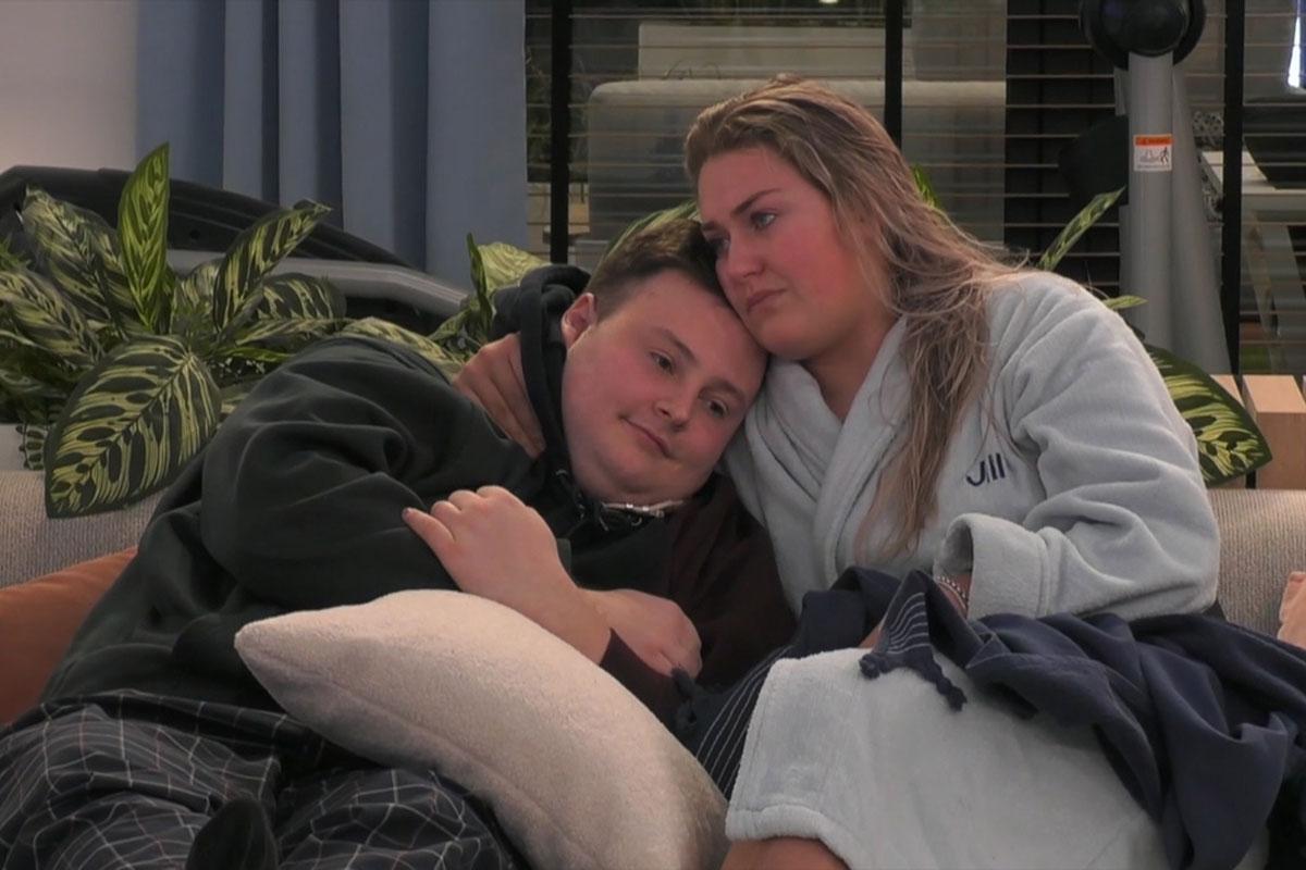 Jill en Thomas uit 'Big Brother' geven eindelijk toe aan hun gevoelens en kussen elkaar