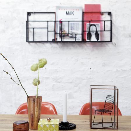 Pour afficher de l'inspiration au mur, on pense aux porte-magazines…