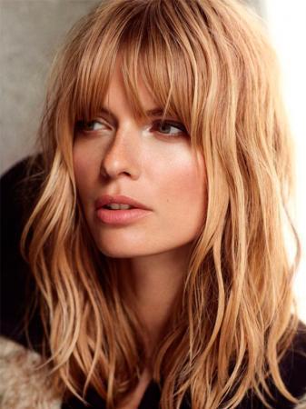3ba36837216 Coupes de cheveux tendance pour les cheveux mi-longs - Flair.be