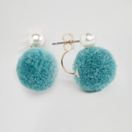 Oorbellen met blauwe pompoms
