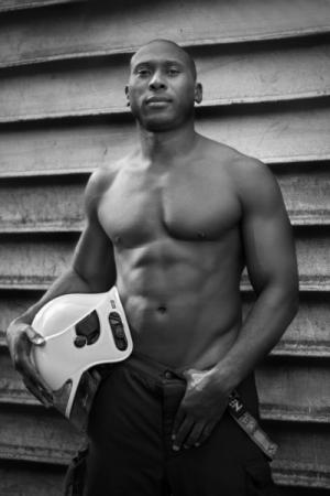 Hall of Flame: Brussels Firefighter Calendar 2017