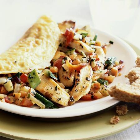 Vrijdag: omelet met kip en groentjes