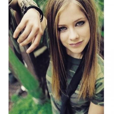 Une cravate à la Avril Lavigne