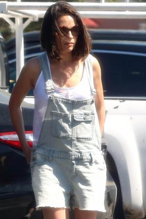 Mila Kunis gaat voorthe big chop