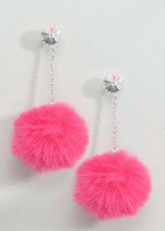 Zilverkleurige oorbellen met roze pompons