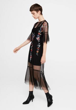 Robe noire midi avec plumetis et broderies florales