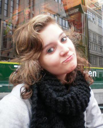 Ysaline (22)