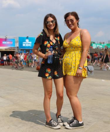 Shanie (22) en Jess (22) uit Wales