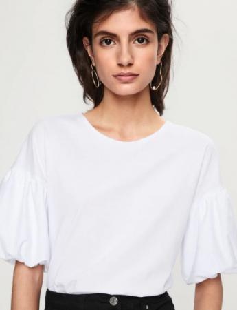 Wit T-shirt met pofmouwen
