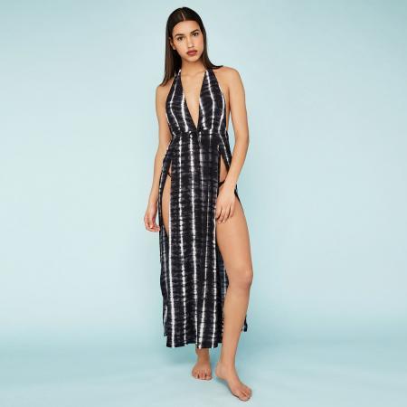 46bf97e65ffd46 SHOPPEN  9x luchtige strandjurkjes die je over je favoriete bikini ...
