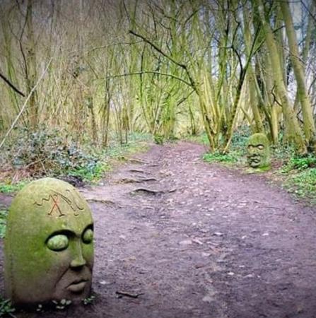 Le Sentier de l'étrange – ELLEZELLES
