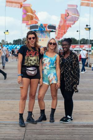Anemone (27), Joëlle (28) en Aimée (28)