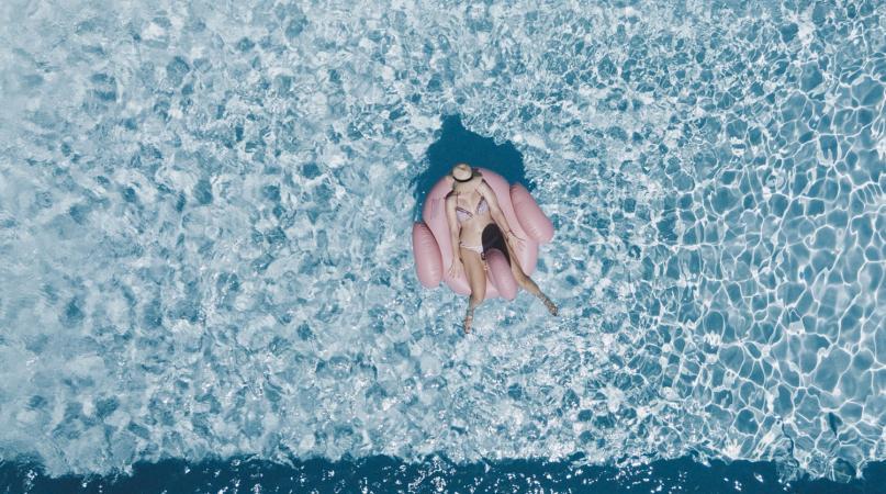 Een zwembad zetten