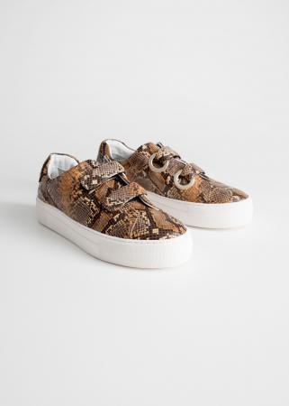 Sneakers met velcrosluiting