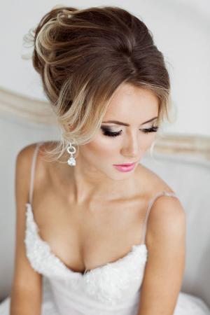 Glanzende oogschaduw + roze lippen