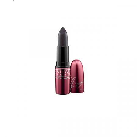 MAC Cosmetics – Aaliyah Haughton