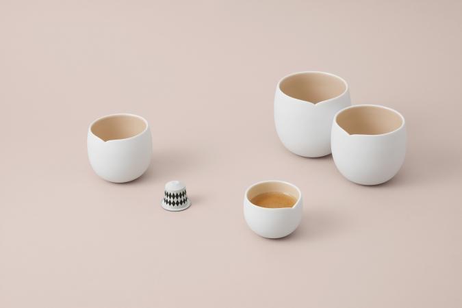 2 tasses à espresso créées par India Mahdavi