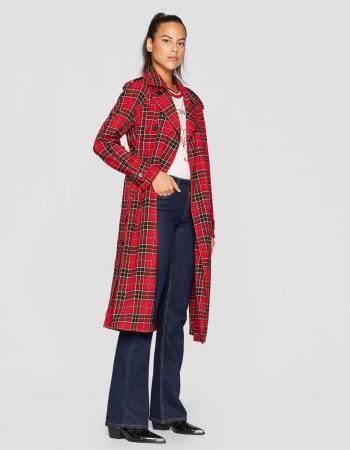 Rode geruite mantel