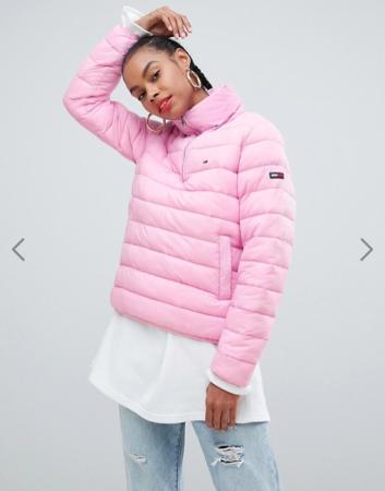 Zuurstokroze puffer jacket
