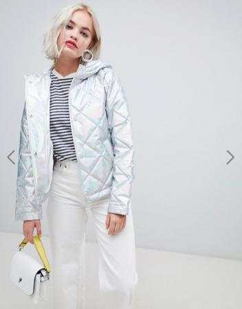 Metallic puffer jacket in zilver
