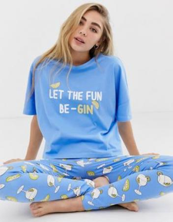 Pyjama 'Let the fun be-gin'