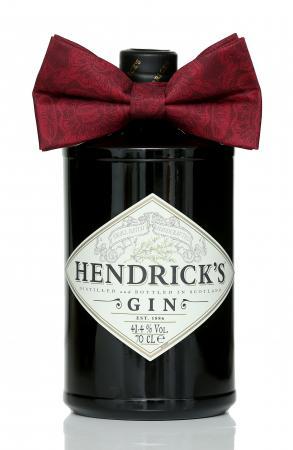 Hendrick's Gin met feestelijk strikje