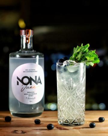 NONA June & Tonic