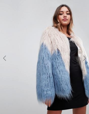 Wit-blauwe mantel