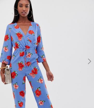 Blauwe jumpsuit met roze bloemenprint