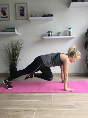 5. Push-up leg kicks (deel 2)