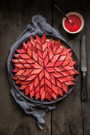 Tarte graphique à la rhubarbe