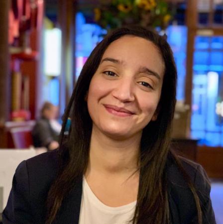 Rajae Maouane, 29 ans, Coprésidente d'Ecolo Bruxelles, Ecolo