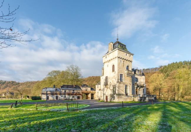 In een middeleeuws kasteel