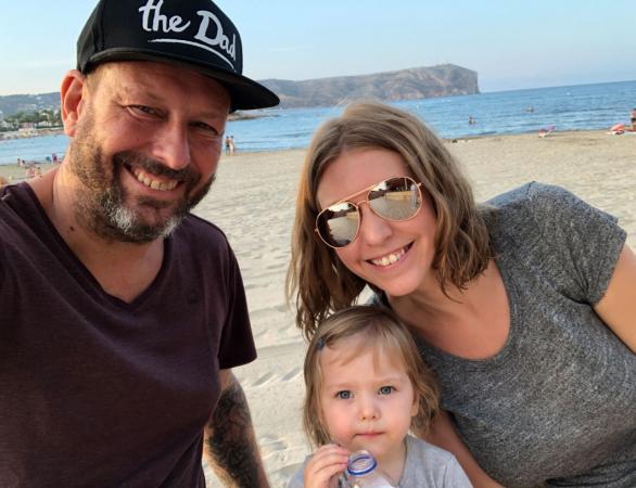 Vormgever Filip noemde zijn dochter (2,5) Roxy