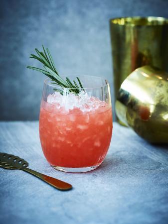 Margarita met bloedsinaasappel en rozemarijn