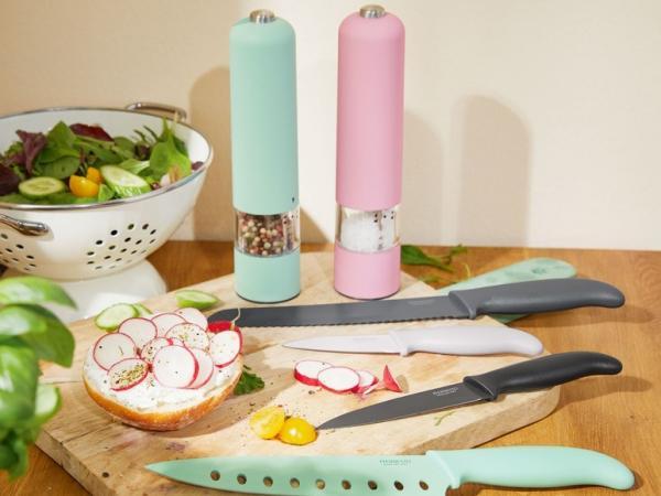 Les moulins à sel/poivre et les couteaux