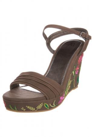 Chaussures compensées chez Zalando