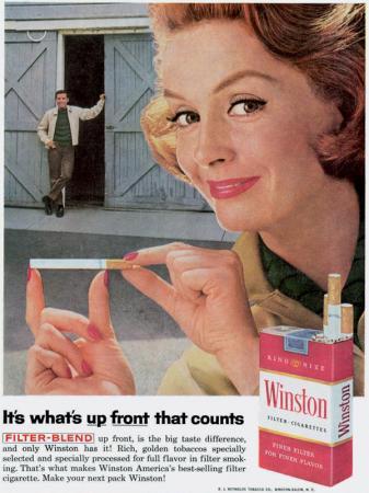 'Alleen hetgeen dat uitsteekt, telt', voor sigaretten van Winston. De zoveelste seksuele zinspeling in combinatie met een ondeugende vrouw. Zéér stijlvol!