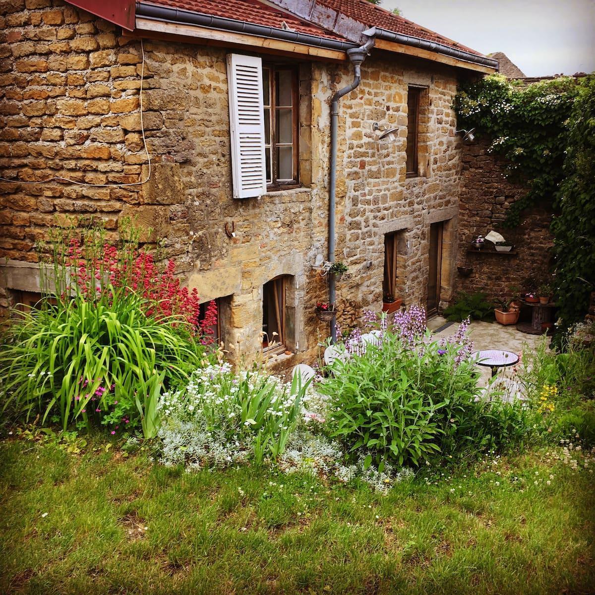 Maison ardennaise à Autrecourt-et-Pourron