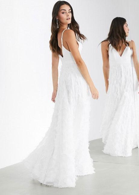 Maxi-jurk met fijne bandjes en pluimeffect