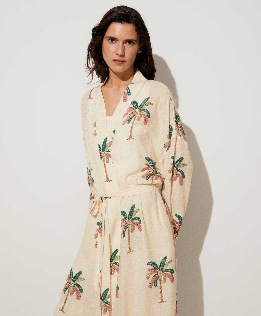 Lange kimono met palmboomprint