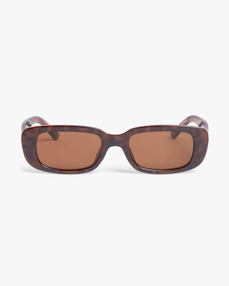 Ovalen zonnebril