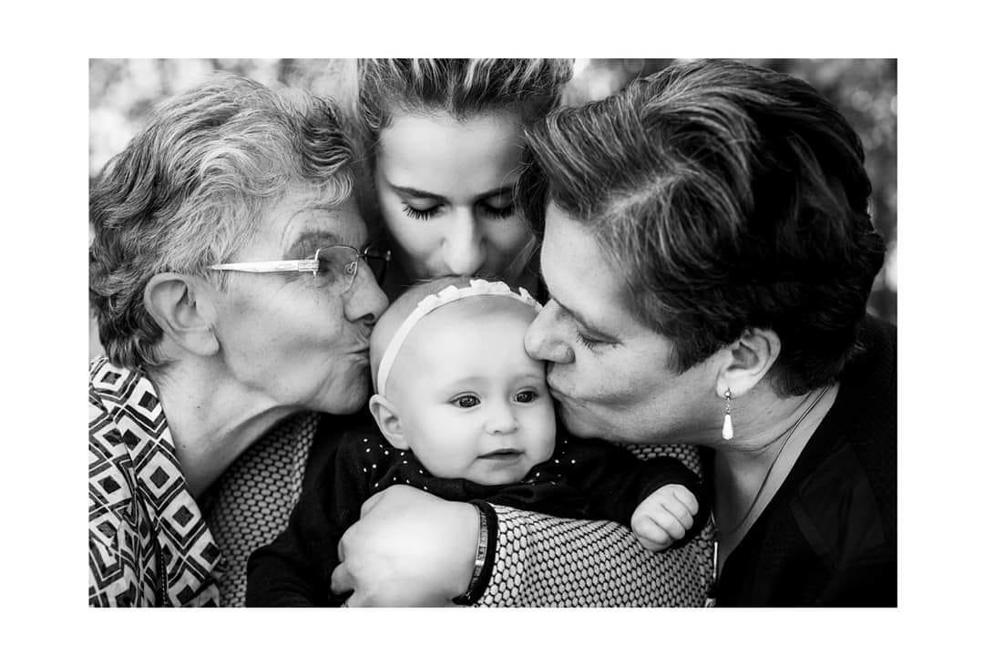 Quatre générations de femmes