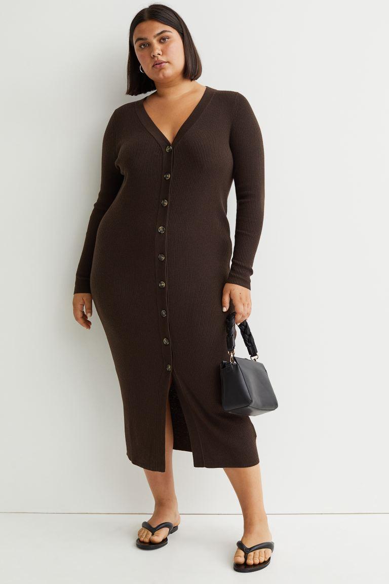 Donkerbruine geribde jurk