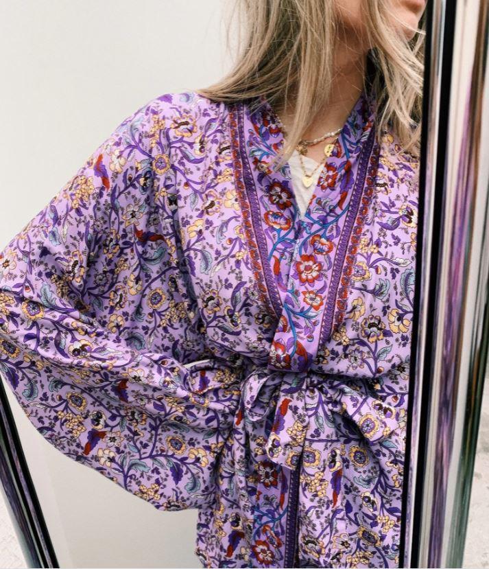 Korte paarse kimono