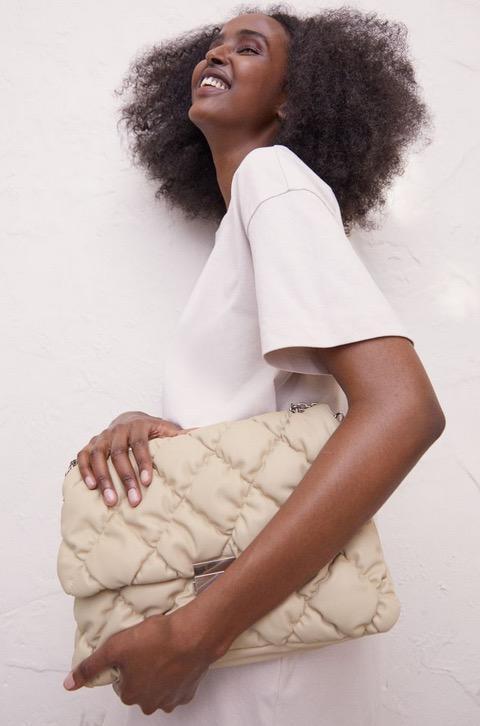 En mode sac à main