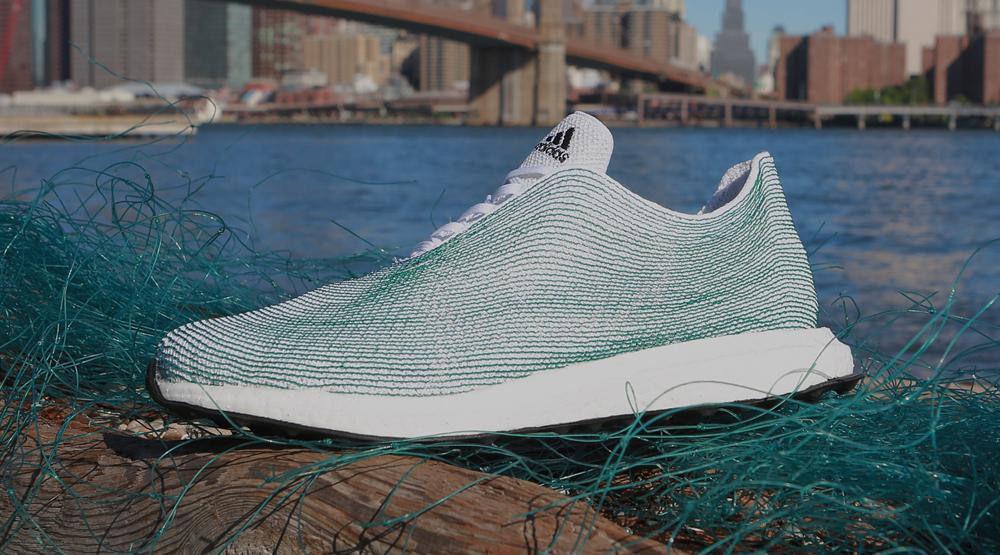 Fabriquée De À Adidas Chaussure Matériaux Sa Lance Recyclés Partir qvCwFa